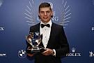 Forma-1 Verstappen tarolt az FIA díjátadón: év személyisége, és akcióembere