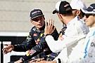 Формула 1 Ферстаппен и Баттон нарядились оленями