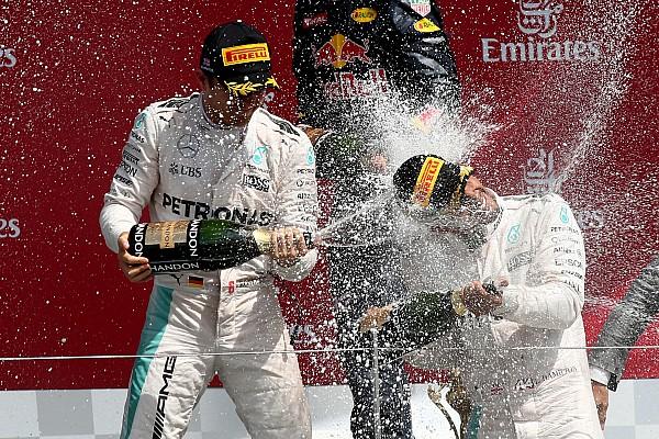 General Diaporama Clap de fin pour 2016... Champagne!
