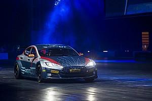 EGT Ultime notizie All'Autosport International la Tesla da corsa... elettrizza tutti!