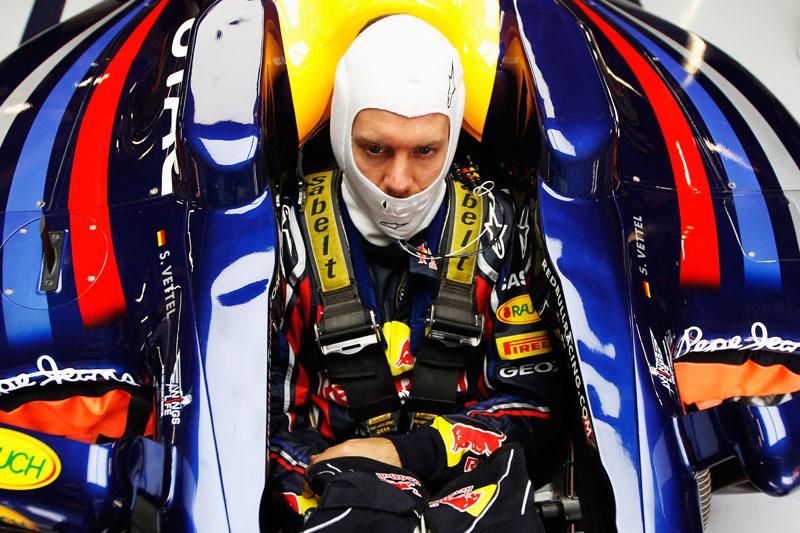 Vettel liderou a terceira sessão de treinos