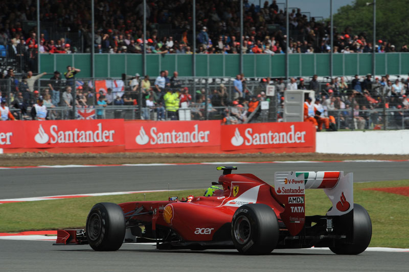 Segredo da boa performance está na traseira da Ferrari