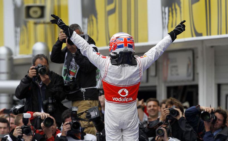Button comemora segunda vitória do ano