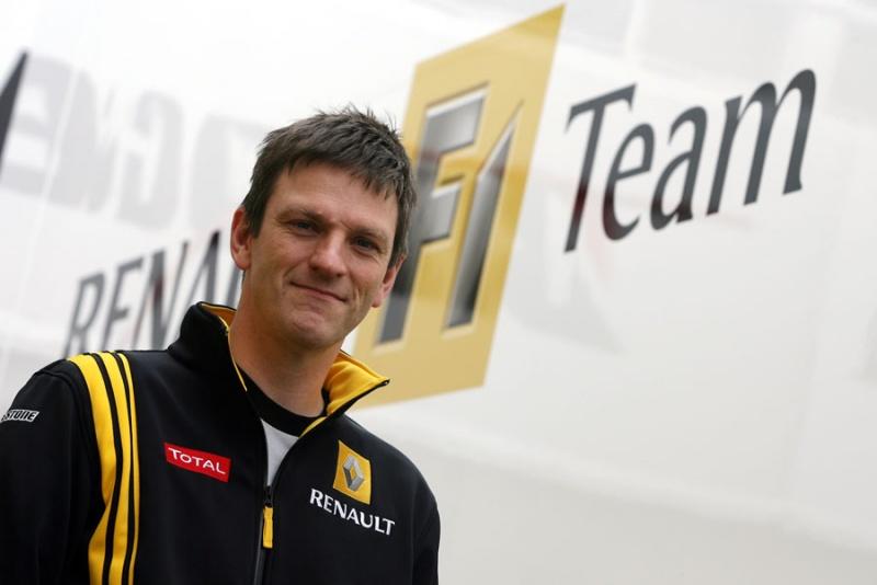James Alisson, da equipe Lotus Renault