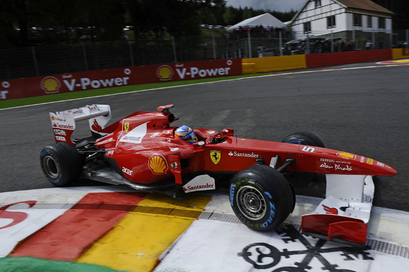 Alonso larga em oitavo no GP da Bélgica