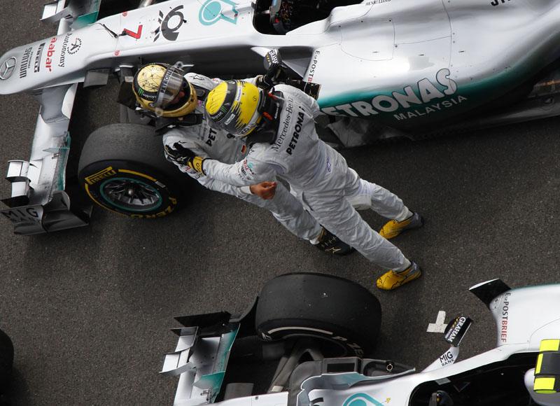 Schumacher e Rosberg após o GP da Bélgica
