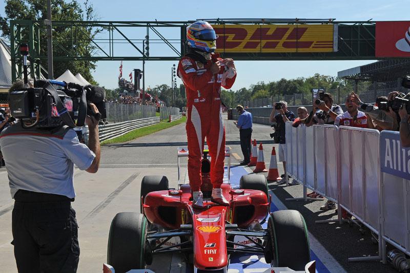 Alonso fez a pole e venceu em Monza ano passado