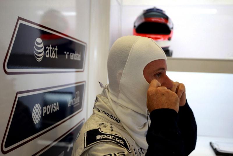 Barrichello: na expectativa, agora em silêncio