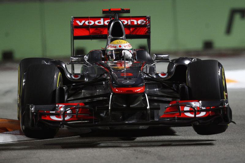 Hamilton prevê estratégia de três paradas