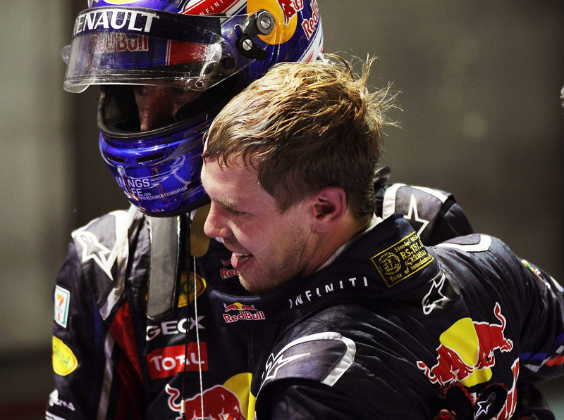 Webber cumprimenta Vettel em Cingapura