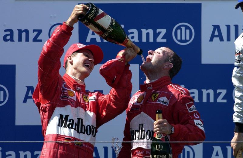 Barrichello comemora a vitória no GP da Europa de 2002