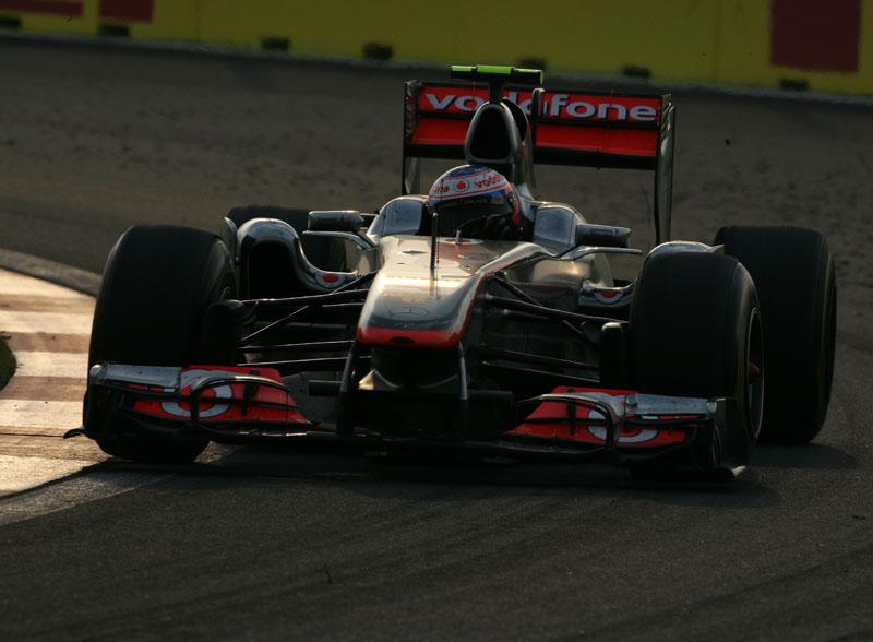 A McLaren vem de uma sequência de sete pódios