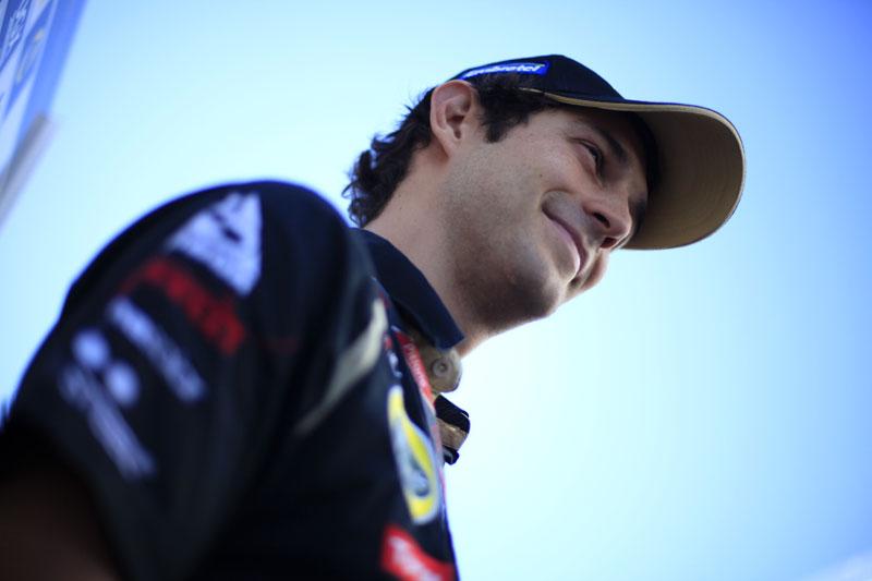Senna diz que vai deixar o turismo para depois