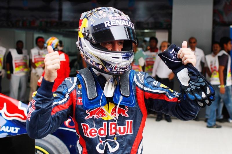 Vettel caminha para sua 13º pole no ano