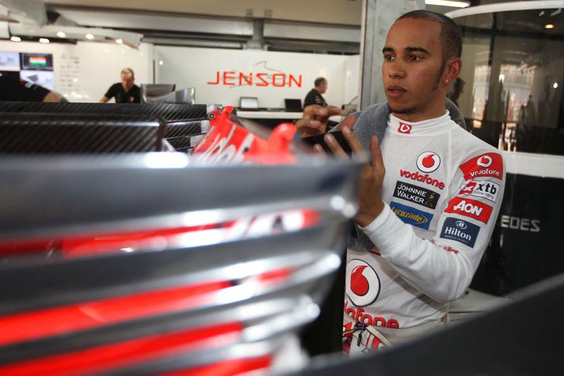 Hamilton busca a terceira vitória do ano
