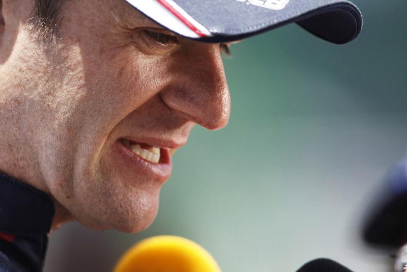 Barrichello luta pela permanência na F-1