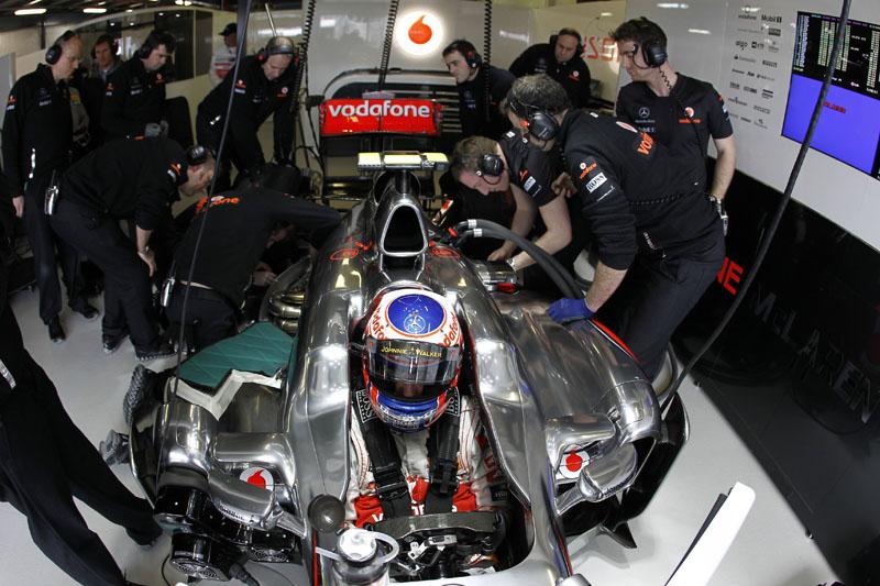 Button torce para ficar longe de problemas na corrida da Malásia