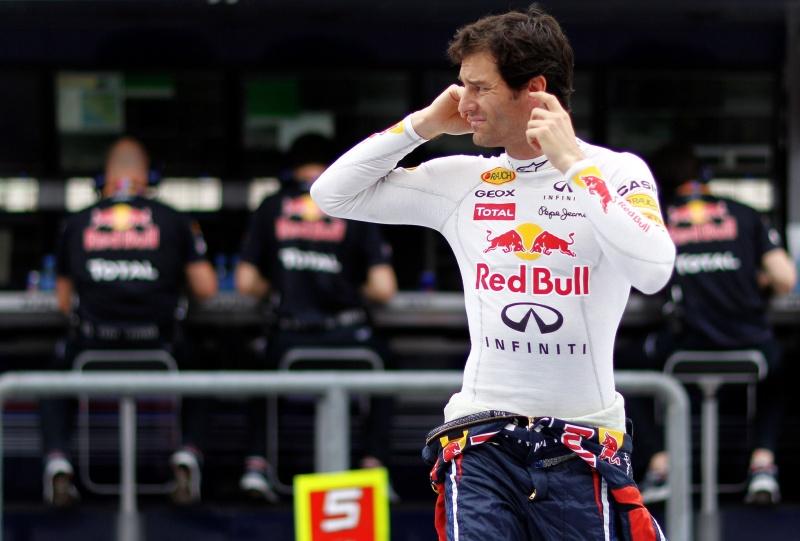Mark Webber encerrou a sexta-feira confiante, mas de olho na McLaren