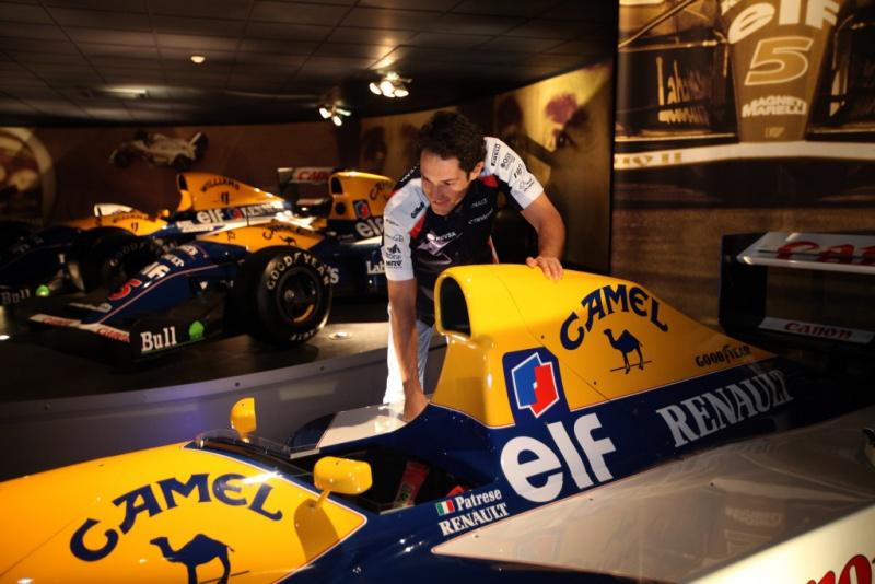 Bruno Senna visita a fábrica da Williams, em Grove