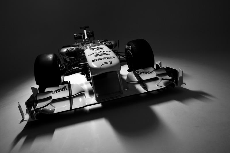 Force India apresenta novo carro dia 3