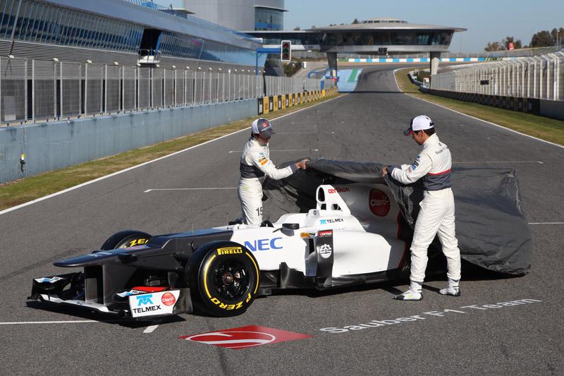Dupla Kobayashi e Perez revela o C31