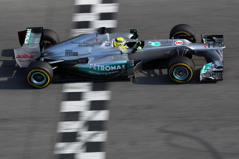 Nico Rosberg com o W03
