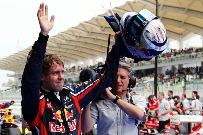 Vettel: vitória tranquila e apenas o calor como dificuldade