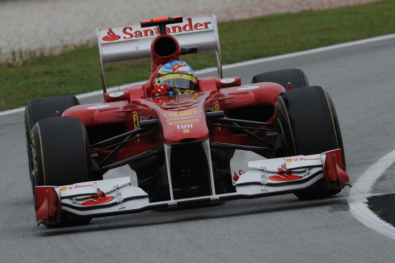 Fernando Alonso em ação no GP da Malásia
