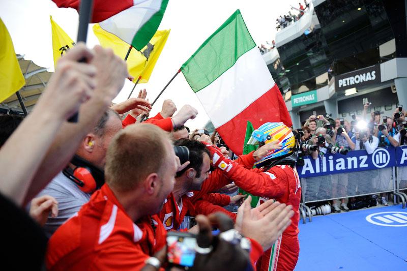 Alonso é o atual líder do campeonato