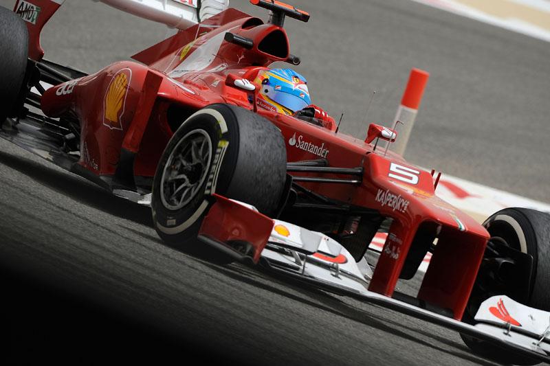 Alonso diz que correr em grupo é o que desgasta mais