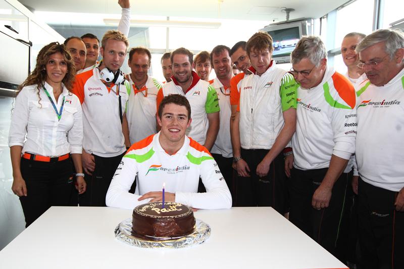 Di Resta comemorou o 25º aniversário com um oitavo lugar no grid