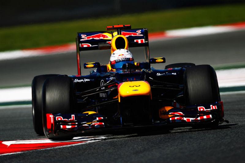 Vettel larga apenas em oitavo na Espanha