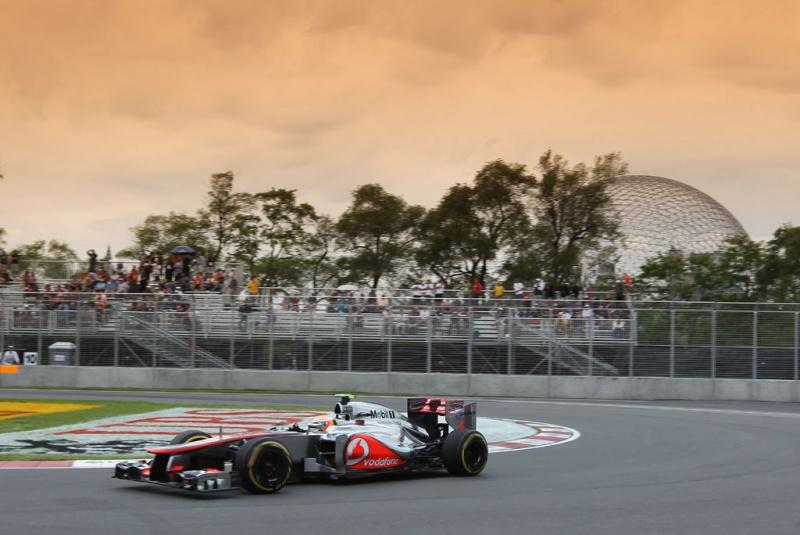 Lewis Hamilton foi o mais rápido
