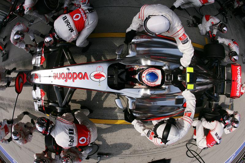Mesmo revelando ter problemas com os pneus, Button é terceiro no campeonato