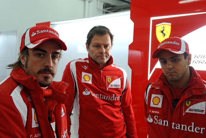 Alonso, Costa e Massa: expressões preocupadas em Maranello