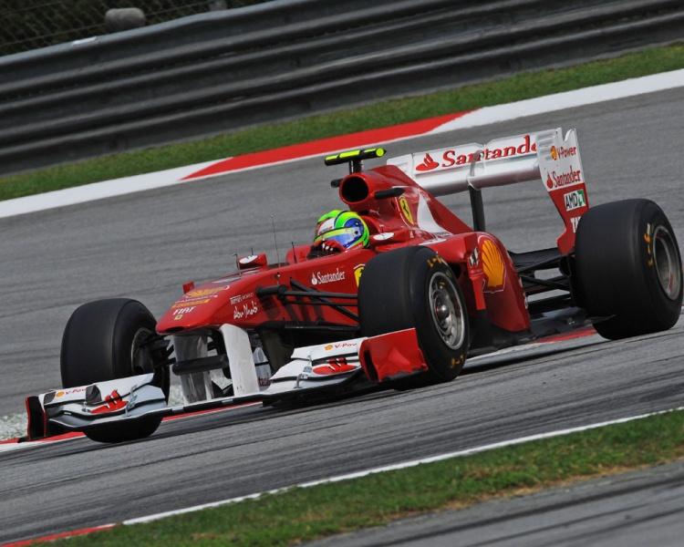 Ferrari torce para atualizações deixarem carro mais veloz
