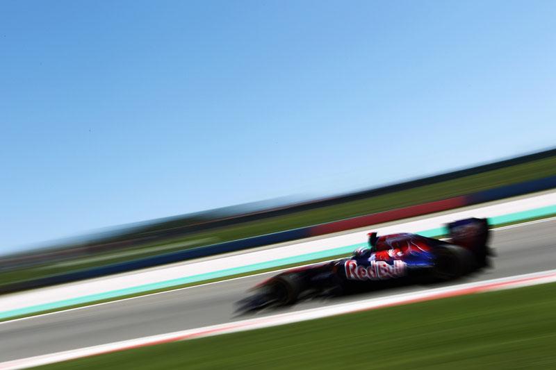 Toro Rosso teve dia de corridas distintas