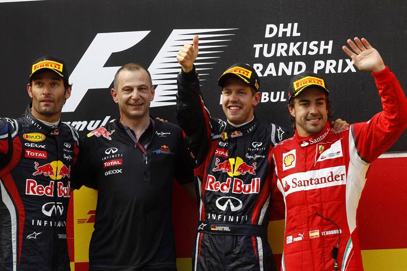 A Pirelli acredita que Vettel venceria mesmo com três paradas