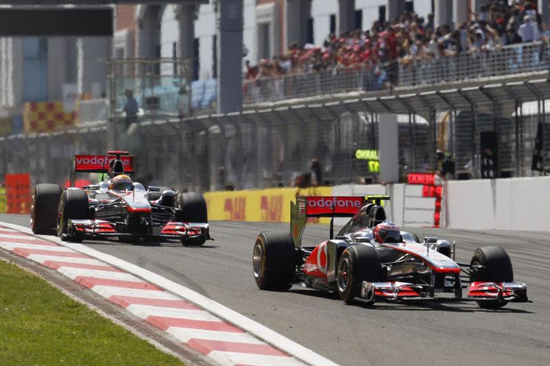 A McLaren vem de um quarto e um sexto lugares na Turquia