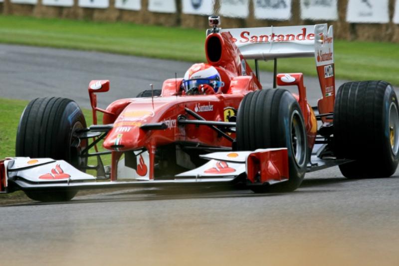Gené, em evento da Ferrari