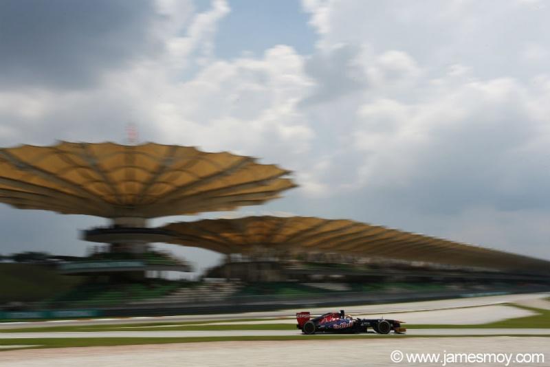 Vergne foi 10º na Malásia