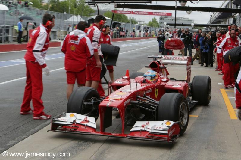 Alonso foi o mais rápido do dia