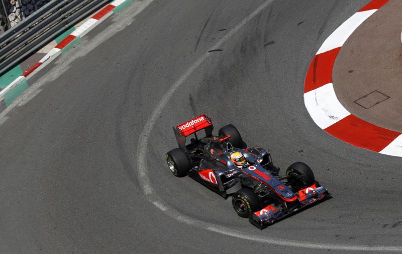 Hamilton não acredita que pode se recuperar da nona colocação no grid