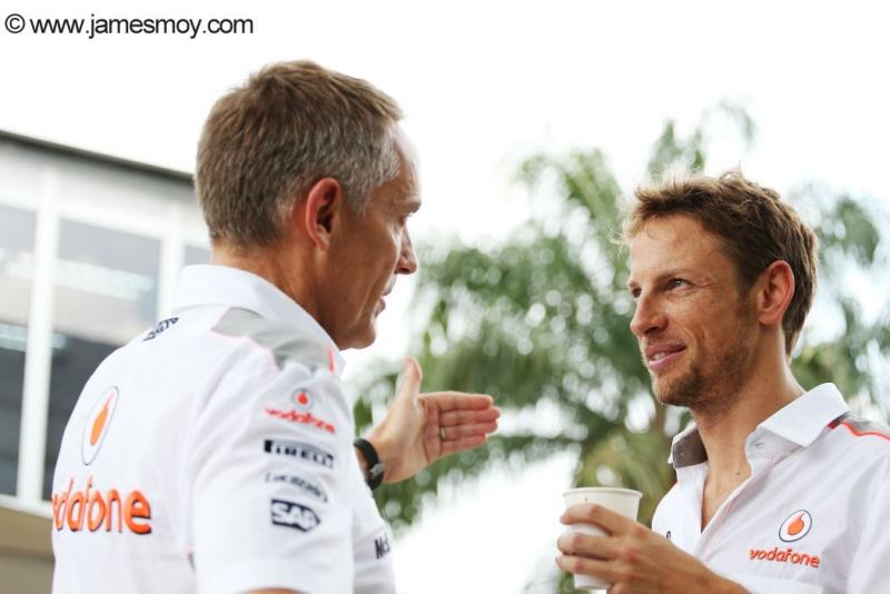Button e Whitmarsh conversam em Sepang