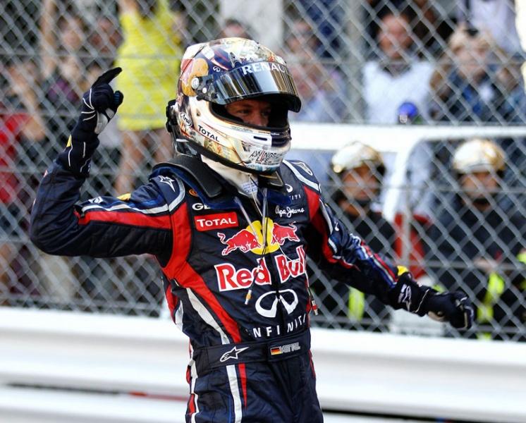 Vettel comemora sua quinta vitória da temporada