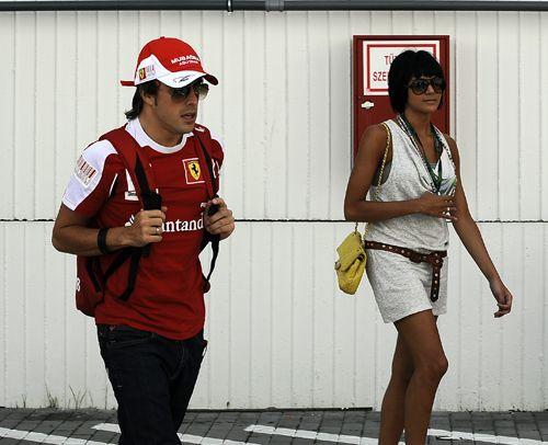 Fernando Alonso e Raquel del Rosário