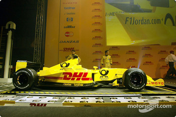 Giancarlo Fisichella and Takuma Sato presenting the new Jordan Honda EJ12