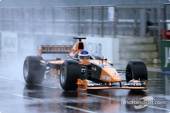 Gaston Mazzacane leaving the pitlane