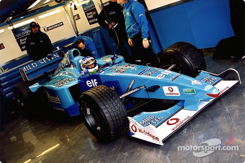Giancarlo Fisichella in the garage