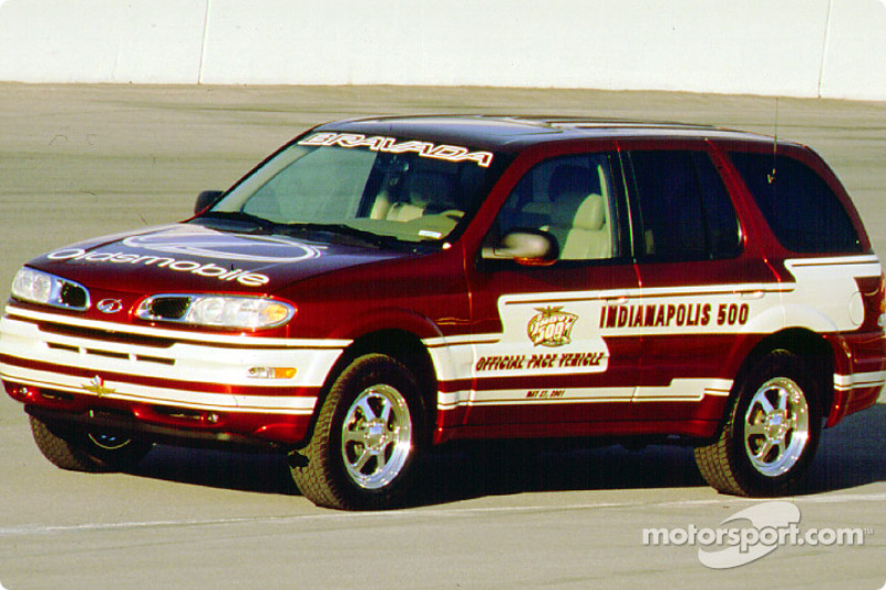2001 Indianapolis 500 pace car